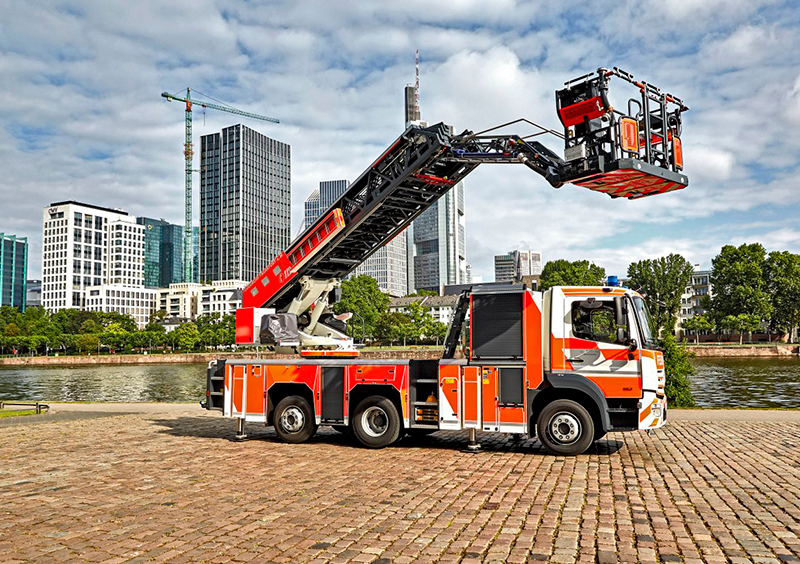 Articulated Ladder Firefighting Vehicles