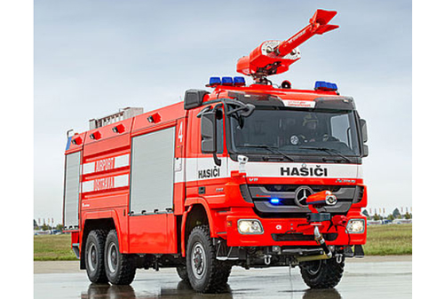 Commercial Chasis Aircraft Firefighting Vehicle
